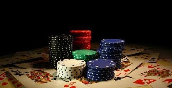 Web Judi Poker Online Resmi Berlisensi